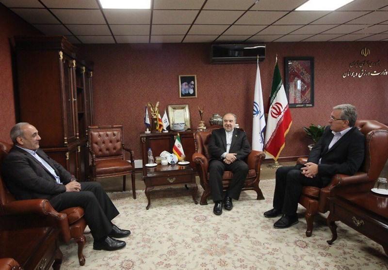 سلطانی فر در جمع پرسپولیسی ها: برانکو مربی باشخصیتی در ایران و منطقه است، تردید نکنید، شما قهرمان هستید