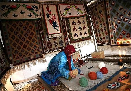 425 مجوز مشاغل خانگی فراوری صنایع دستی در اردبیل صادر شد