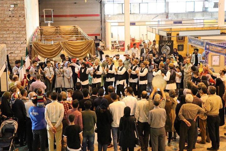 چهاردهمین نمایشگاه ملی صنایع دستی استان مرکزی شروع به کار کرد