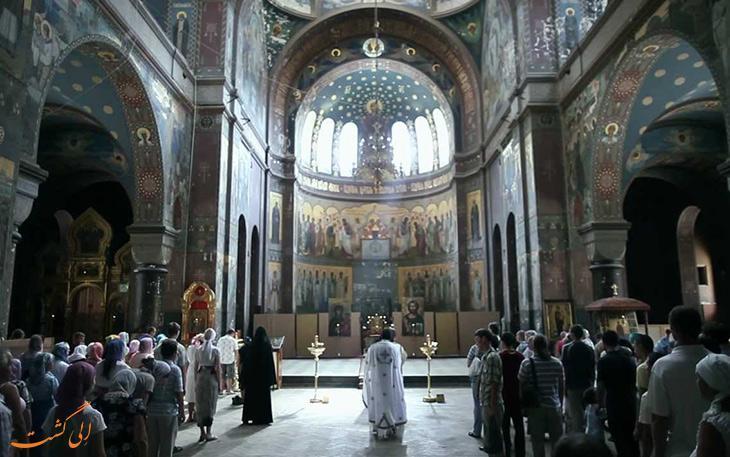 صومعه های شگفت انگیز مسیحیان در دنیا