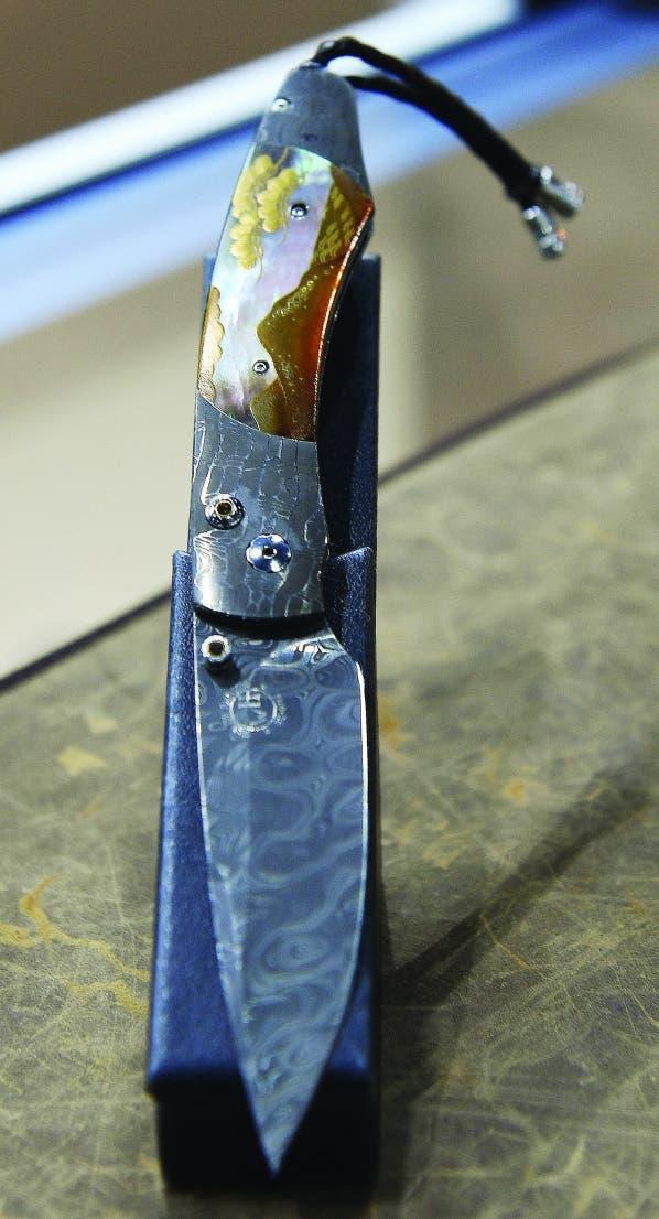 آیا حاضرید برای خرید این چاقو بیش از 13 هزار دلار بپردازید؟