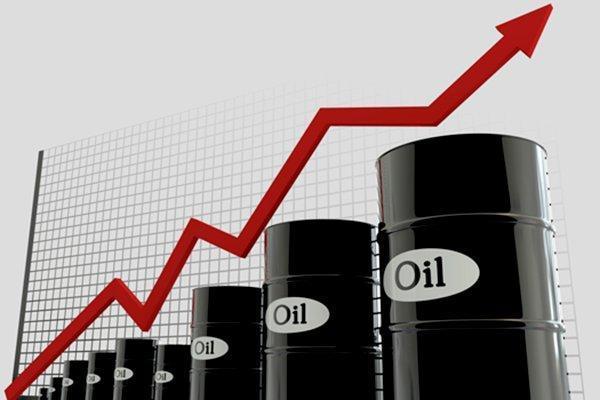 قیمت نفت در چند ساعت اولیه معاملات امروز 5 درصد جهش کرد