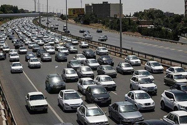 ترافیک پرحجم در محورهای مواصلاتی تهران