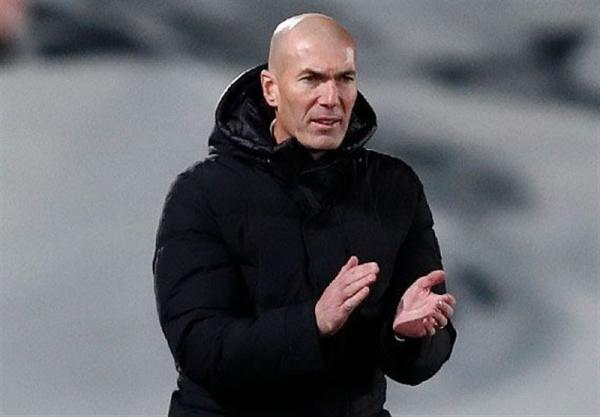 زیدان: می توانستیم با اختلاف بیشتری بارسلونا را ببریم، اینکه داور سوت نزده یعنی پنالتی نبوده است