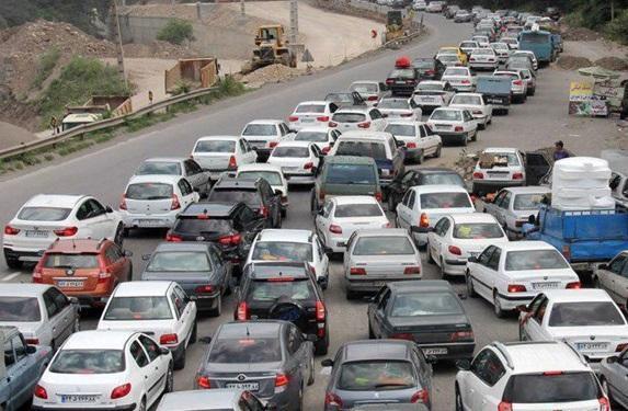 ترافیک سنگین در محور های فیروزکوه و کندوان، 7 جاده مسدود است